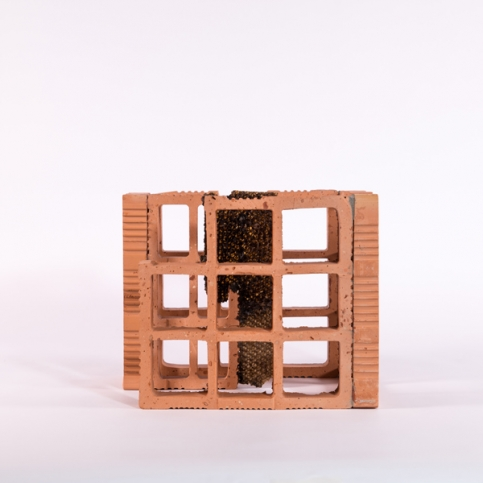 http://ananorogrando.com.br/files/gimgs/th-213_Escultura3-1.jpg