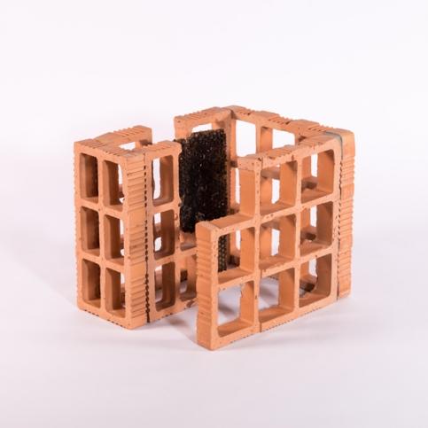 http://ananorogrando.com.br/files/gimgs/th-213_Escultura3-2.jpg